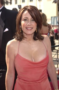 older moms boobs patricia heaton breast implants plastic surgery good example