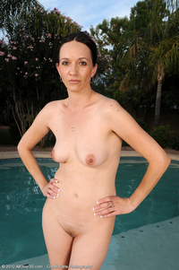 older nudist pictures bet page