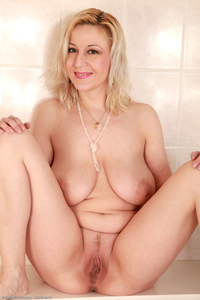 older pussy galleries galleries allover pic mature mpeg gallery hairy old pussy over female modeling