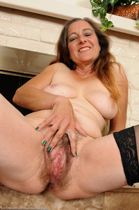 older pussy photos media mature pussy