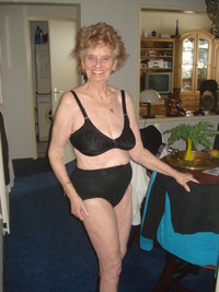 older woman porn photo media mature old woman porn
