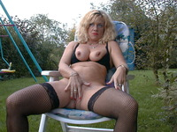 outdoor mature sex pics carla category grannies who like phonesex