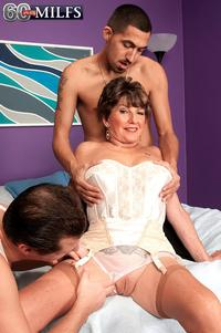 over 60 mature porn bea cummins returns over porn threesome plus milfs page