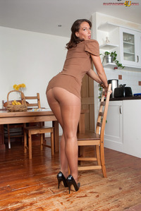pantyhose and moms dev sexy moms