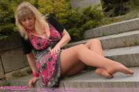pantyhose and moms cgur photos phangel gallery angel staircase suntan pantyhose