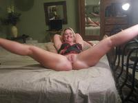 pics mature pussies chubby mature spread pussy pics hamster