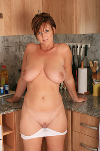 pics of mature wives dev