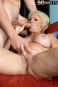 pics of older milfs older women gets all wet gooey galleries