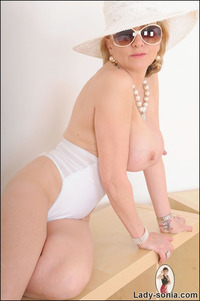 pics of sexy mature pics lady sonia sexy mature married english