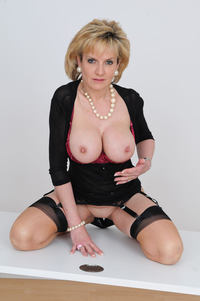 pics of sexy mature photo large sexy mature granny lady sonia shows huge boobs free gilf pics escort home
