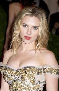 pics of sexy old women newsmediaimages ebd acda story scarlett johansson too sexy some roles