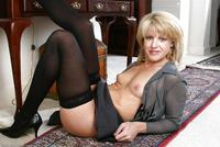 pictures of sexy matures mature yaf postsm sexy matures