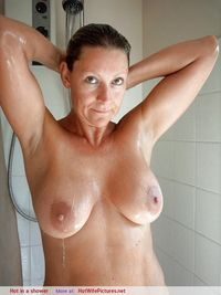 pictures of sexy mothers wife pictures hot shower sexy mother gallery ments