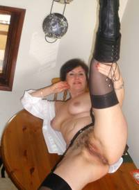pussy pics moms dev afbe