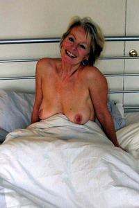 pussy pics older mature stud prefers young pussy old perverts