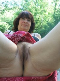 real mature milf pics galleries blk mature love life discover willing pics shows hairy beaver