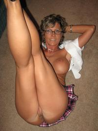 real mature milf pics asin boobs pictures showing cleavage