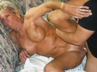 sex pics of older women very old grannies amateur