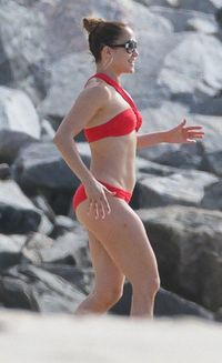 sexy mature bikinis jennifer lopez red bikini candids hot