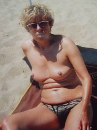 sexy mature galleries galleries escorts vero beach florida mature priceless pics murfreesboro nudist colony