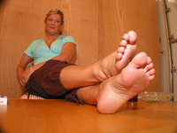 sexy mature girl pics sexy toes foot model