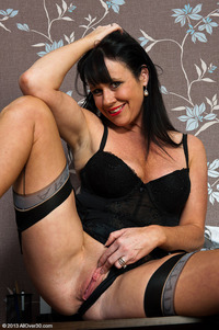 sexy mature milfs pics baw over mature sexy secretary stocking tease