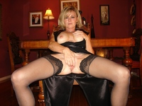 sexy milf porn gallery page