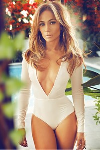 sexy mom pictures jennifer lopez complex mag sexy single mom responds