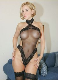 sexy mom media sexy mom posing black lingerie milf
