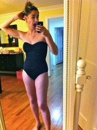 sexy moms pics sexy one piece bathing suit vain moms like