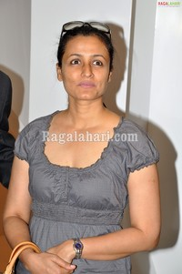 sexy pics of mom schonbek chandelier launch namrata date