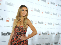sexy pics of mom hollyscoop qhvl gpko giuliana rancic named sexiest mom victoria secret