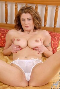 topless mom pics picpost thmbs hot busty mom topless white panty pics