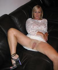 upskirt milf photos imags