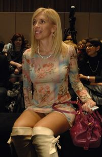 upskirt milf photos media milf upskirt pictures