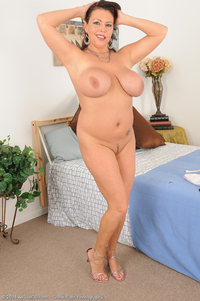 angelica mature galleries allover angelica sin