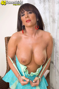 beautiful mature somethingmag cassidy mature breasts