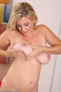 blonde busty mature large mfaofmxymky blonde busty curvy dark eyes kala mature pussy saggy solo themilf