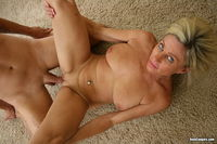 blonde mature hot mature blonde gets fucked