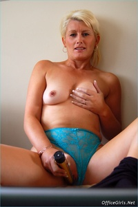 blonde mature large sczzl blonde mature pantyhose sally taylor solo