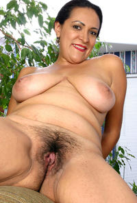 boobs mature tits porn olympia mature boobs bush photo