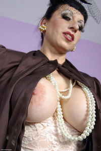 busty mature pictures trinity productions picsa mature fully clothed