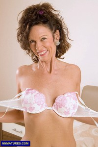 cougar mature skinny mature anilos india small boobs leggy cougar attachment