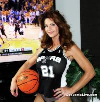 deauxma mature deauxma spurs fan hottest superfans nba playoffs porn star mrs