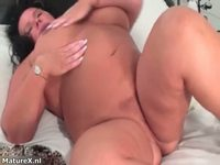 dirty mature dirty mature bitch goes crazy rubbing wet cunt maturex