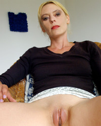 france mature user exhibitiony