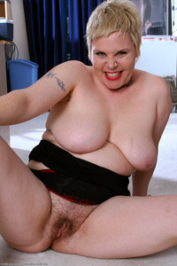 hairy bbw mature large idb weywmnz bbw butch fat hairy hairystars mature old tattoo ugly