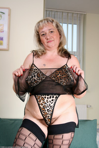 hairy bbw mature large pual tmxo bbw blonde floppy hairy hairystars mature saggy stockings
