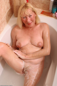 hairy bbw mature large wtxwzeo bath bbw blonde fat hairy hairystars mature old saggy ugly