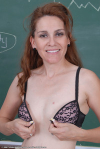 horny mature amateur porn lydia horny mature teacher photo